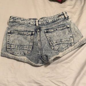 Kendall & Kylie Shorts - Acid wash ripped jean shorts